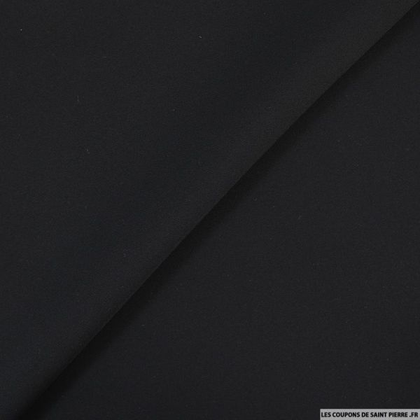 Crêpe de soie noir intense