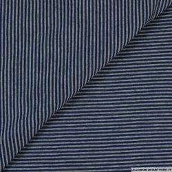 Maille très fines rayures bleu et gris