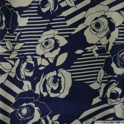 Satin imprimé rayures et fleurs fond marine