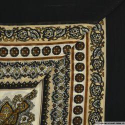 Mousseline imprimé rayé irisé carré cachemire