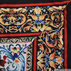 Jersey imprimé arabesques et fleurs