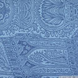 Maille maillot de bain imprimé ornement dessiné fond bleu