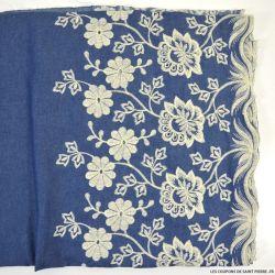 Jean's coton fin brodé écru champêtre festonné bleu