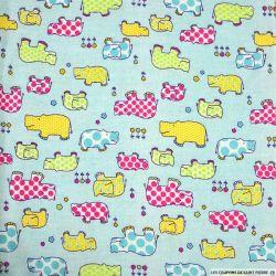 Flanelle de coton imprimé hippopotame fond bleu ciel