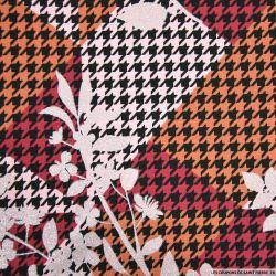 Jersey coton imprimé fleurs irisées et pied de coq orange-saumon