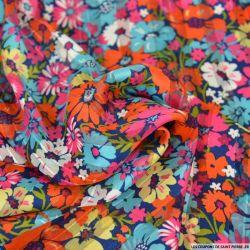 Satin dévoré lurex imprimé marguerite rose et turquoise