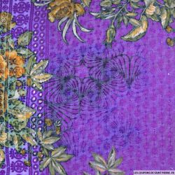 Broderie anglaise sequins grandes fleurs fond violet