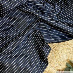 Tissu en soie tussah rayé blanc sur fond marine