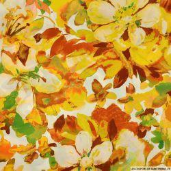 Satin polyester imprimé coup de maitre jaune fond blanc
