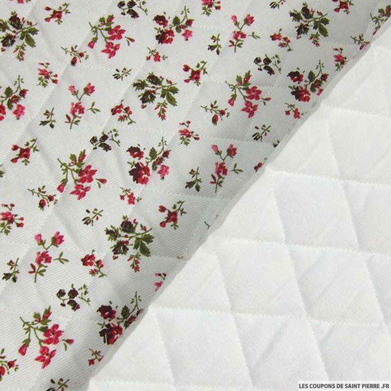 tissu piqu de coton matelass imprim bouquet de fleurs. Black Bedroom Furniture Sets. Home Design Ideas