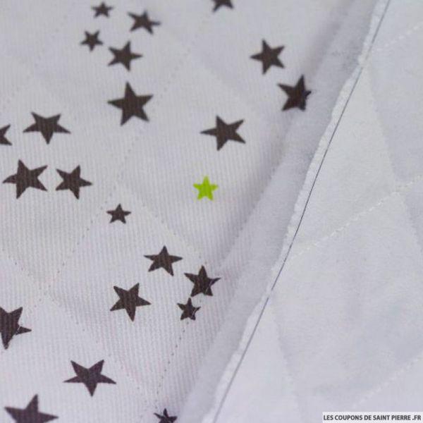 Tissu Piqué de coton matelassé étoiles taupe et vert anis au mètre