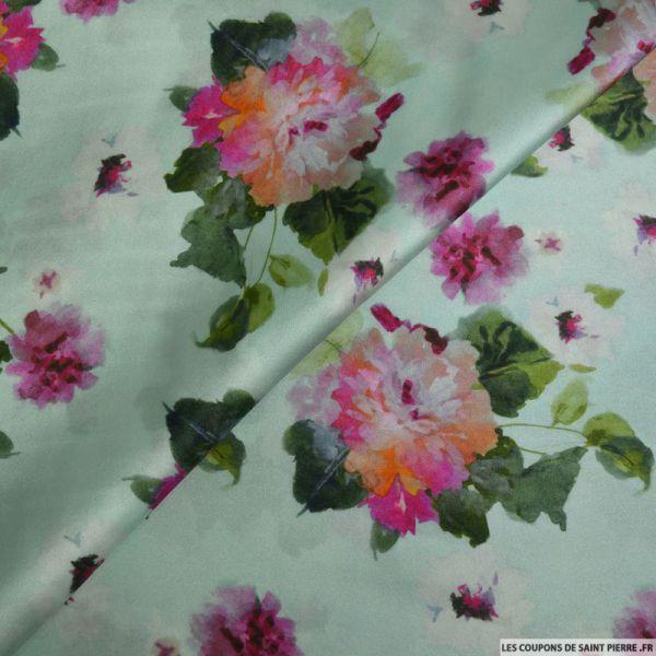 Tissu satin de soie imprimé fleurs sur fond vert d'eau