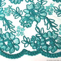 Tulle dentelle brodé fleurs vert d'eau