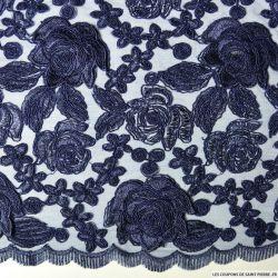 Tulle dentelle brodé roses bleu nuit