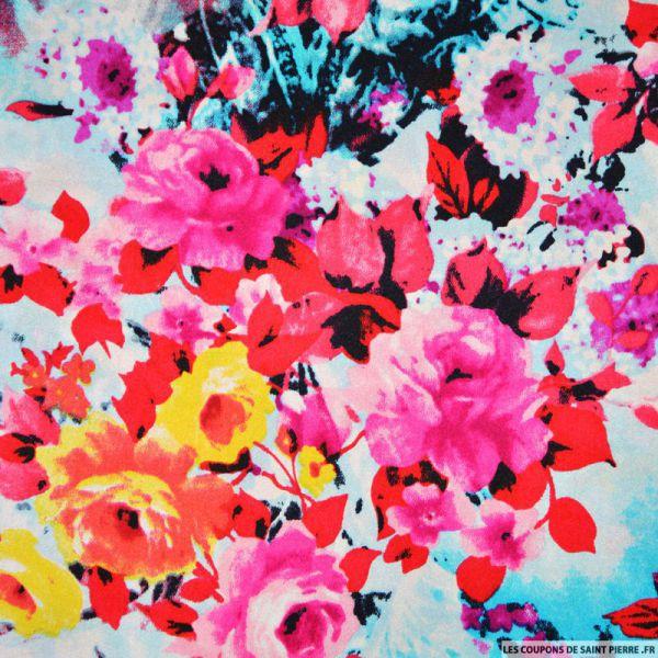 Tissu satin de soie imprimé florale