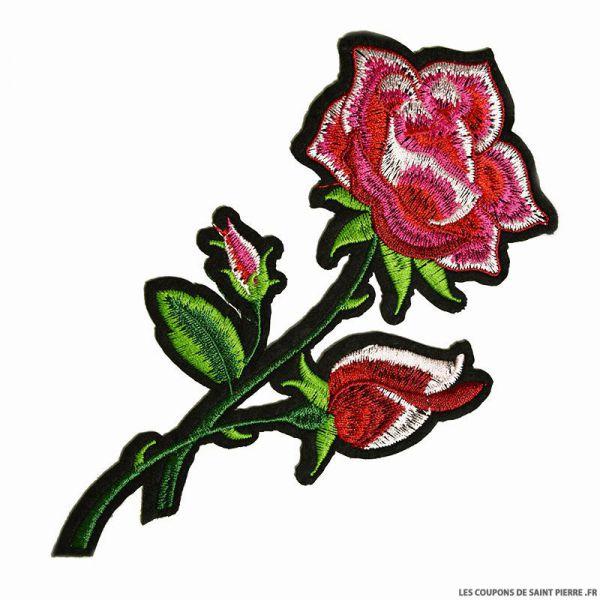 Écusson brodé rose à thermocoller