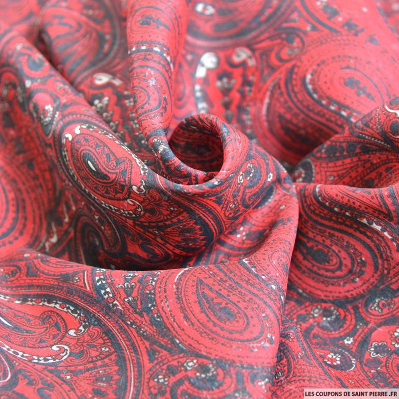 tissu mousseline de soie imprim e cachemire rouge. Black Bedroom Furniture Sets. Home Design Ideas