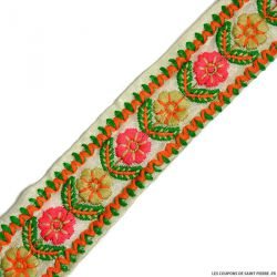 Ruban bohème fleurs fond écru au mètre