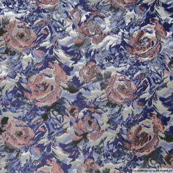 Brocart bleu fleurs bucolique rose brillant