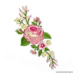 Écusson brodé fleurs roses a thermocoller