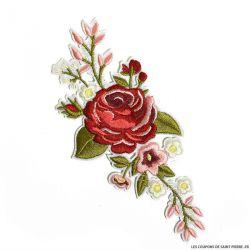 Écusson brodé fleurs rouges a thermocoller