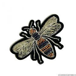 Écusson brodé et perlé abeille a thermocoller