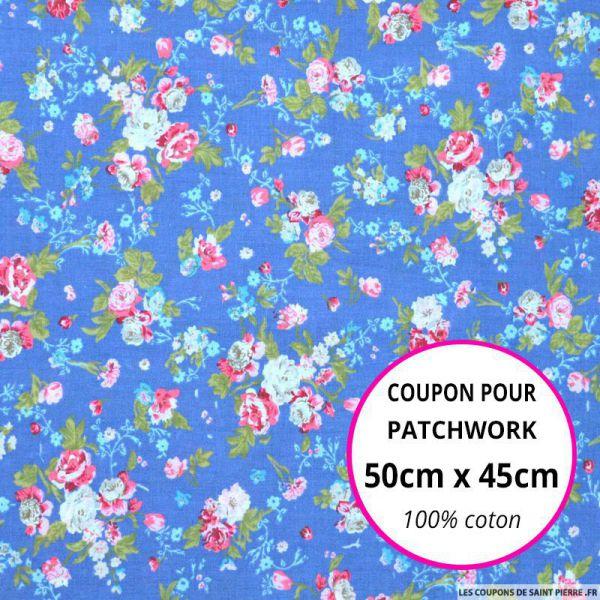 Coton imprimé fleurs rose sur fond bleu Coupon 50x45cm