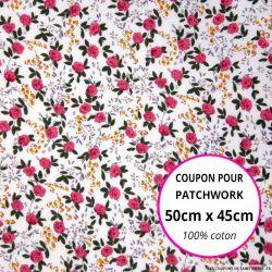 Coton imprimé fleurs rouges claires sur fond blanc Coupon 50x45cm