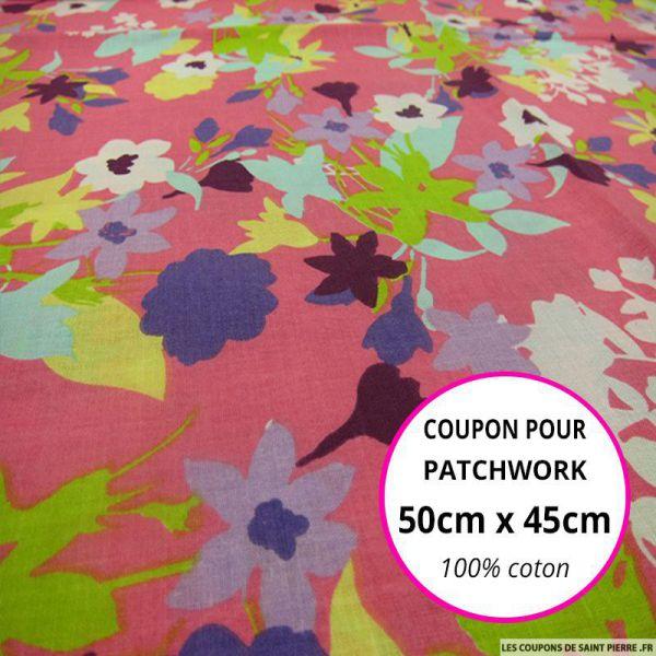 Coton imprimé fleurs multicolores sur fond rose Coupon 50x45cm