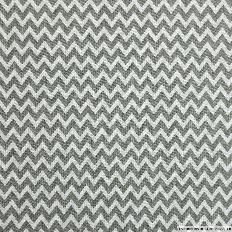 coton imprim petit zigzag gris coupon 50x45cm coupons de saint pierre. Black Bedroom Furniture Sets. Home Design Ideas