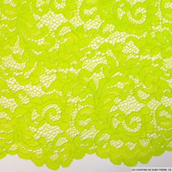 Dentelle festonnée vert fluo