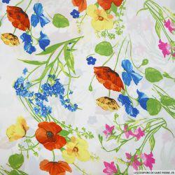 Satin polyester imprimé coquelicot fond blanc
