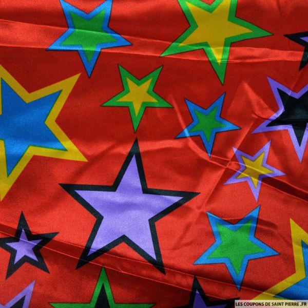 Satin polyester imprimé étoiles multicolor fond rouge