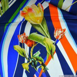 Satin de soie imprimé tulipes sur fond graphique bleu