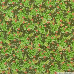 Polycoton imprimé feuillages et fleurs corail fond vert