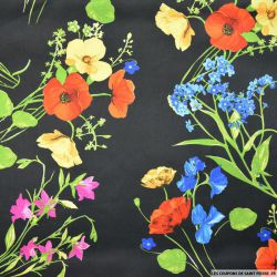 Satin polyester imprimé fleurs sauvage fond noir
