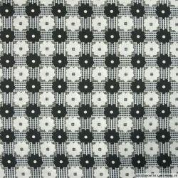 Satin polyester imprimé marguerite graphique noir