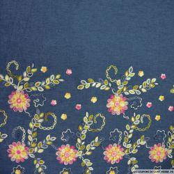 Jean's coton fin brodé marguerites roses