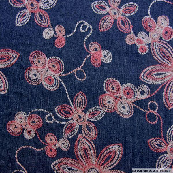 Jean's foncé coton fin brodé fleurs roses