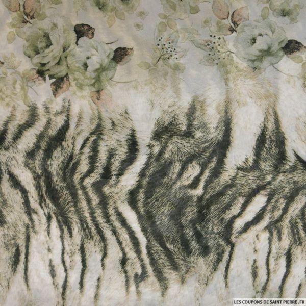 Mousseline polyester imprimé tigre et fleurs vert