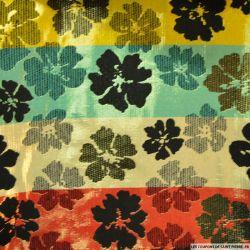 Brocart fleuri rayé jaune, vert et rouge