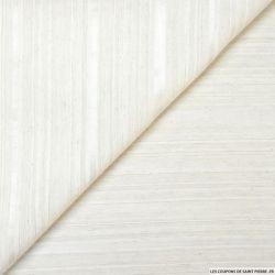 Voile de soie fines rayures irisé écru