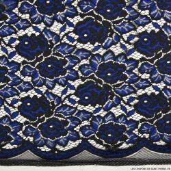 Dentelle brodée fleurs noir et bleu