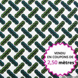 Wax africain edamame fond blanc, vendu en coupon de 2,50 mètres
