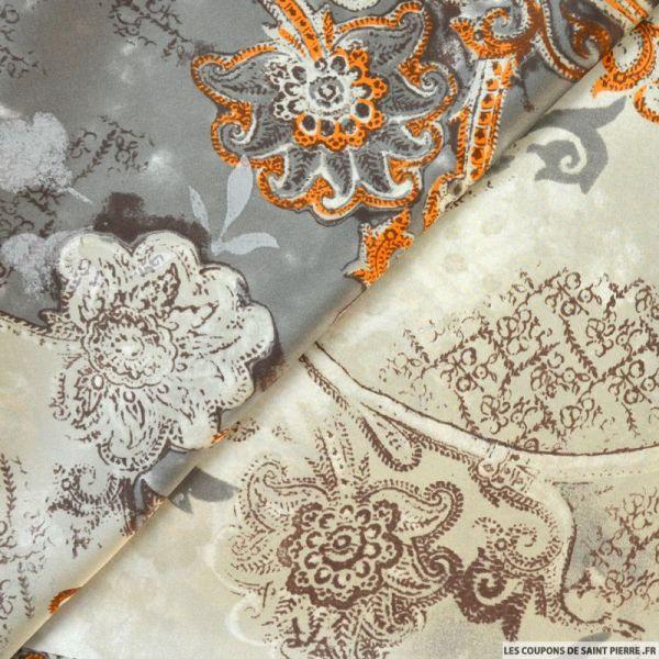 Satin de soie imprimé cachemire