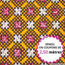 Wax africain pixel fond ocre, vendu en coupon de 2,50 mètres