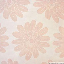 Polycoton grandes fleurs fond rose clair