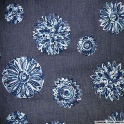Jean's coton fin brodé rosace fond bleu brut