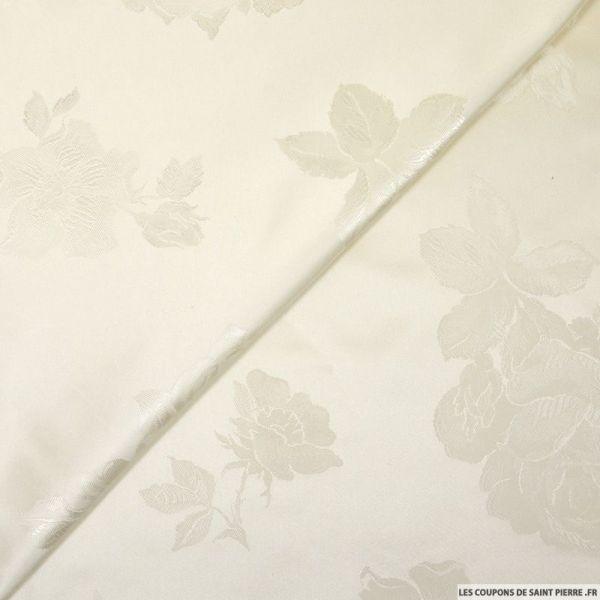 Satin de soie damassé fleurs ivoire
