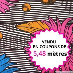 Wax africain plumes et fleurs fuchsia, vendu en coupon de 5,48 mètres